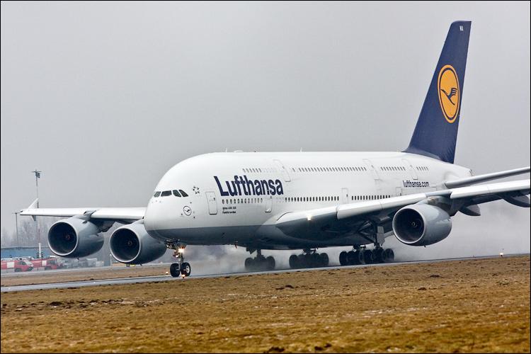 A380 na Okęciu